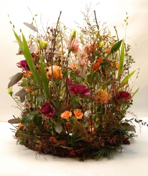 Composition florale en hauteur 2_ obsèques_Bouvard Fleurs